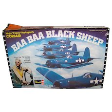 Vintage 1976 Revell Corsair Baa Baa Black Sheep Airplane Model Kit
