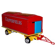 Vintage Pre-Owned Corgi 1st Edition Chipperfields Circus Wagon