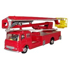 Vintage 1964-74 Pre-Owned Corgi Major Toy Model #1127 Bedford Simon Snorkel Fire Engine