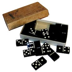 Vintage Cardinal Everlast Boxed Domino Set
