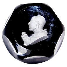 Vintage 1960 Baccarat Glass Sulphide Paperweight Of Pope Pius XII