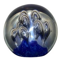 Vintage Hand Blown Large Controlled Bubble Art Glass Paperweight