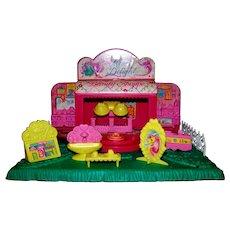 Vintage Hasbro Toys 1989 G1 My Little Pony Petite Ponies Mane Delights Beauty Shoppe Playset