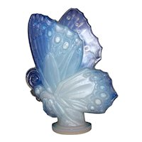 Vintage Post 1935 Sabino Large Opalescent Closed Wing Crystal Butterfly