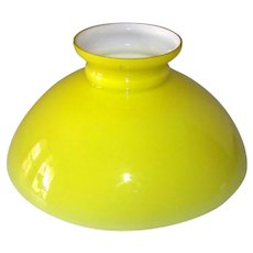 Vintage Cased Yellow & Milk Glass Lamp Shade