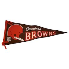 Vintage 1967 NFL Cleveland Browns Football Pennant