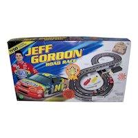 Vintage 1996 Tyco Jeff Gordon NASCAR Battery Operated Road Race Toy Set
