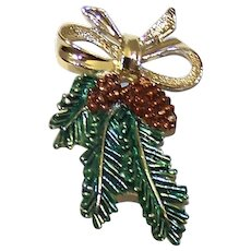 Vintage 1970's Gerry's Signed Enameled Christmas Pine Bough With Pine Cones Costume Jewelry Brooch