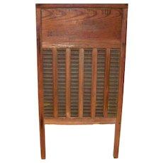 Vintage Maid Rite Wooden Clothes Rub Board