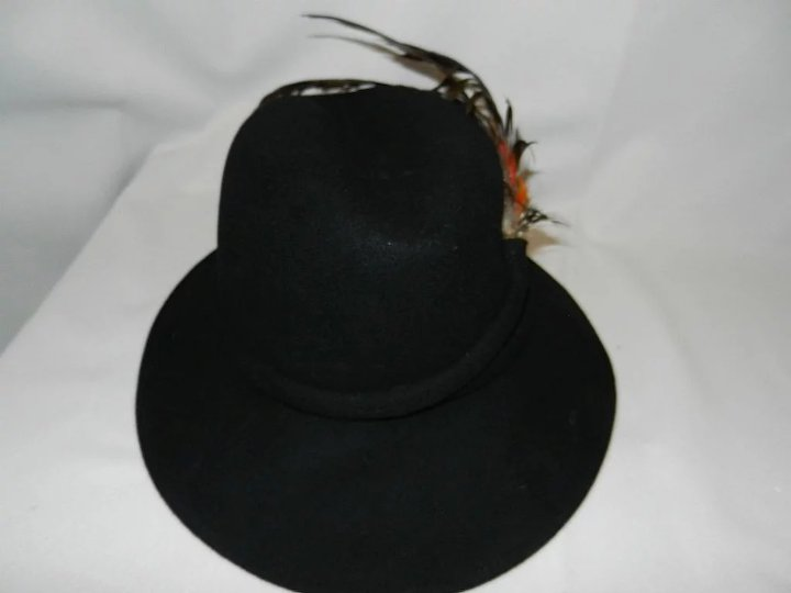 c880a20c2eb Vintage Mr John Classic Hat New York Paris SOLD