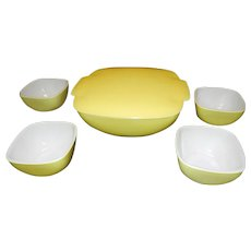 Vintage Yellow Hostess and Table Set #515B 1 ½ Quart Bowl and  #407 Ramekins