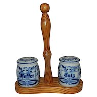 Vintage Gerold-Porzellan Small Blue Onion Salt and Pepper Shakers with Wood Caddy