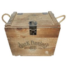 Jack Daniel's Old No. 7 Wood Bottle Whiskey Transport crate from the 1980s