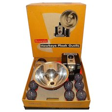 Vintage 1960's Kodak Brownie Hawkeye Flash Outfit in Original Box