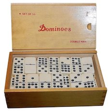Set of Double Nine Dominoes with Spinners in Wood Case