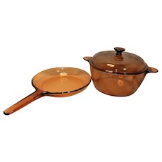 Vintage Corning Vision Ware 4.5 L 5 Quart Stock Pot Glass Dutch Oven USA and 10 inch Waffle Bottom Skillet