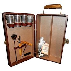 Mid-Century  Trav-L-Bar By Ever-Wear Two Bottle Holder