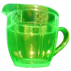 Vintage Jeannette USA Green Depression Uranium Glass Doric Pitcher