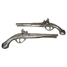 Vintage Mid-Century Brass Flintlock Pistols Wall Decor - Set of 2