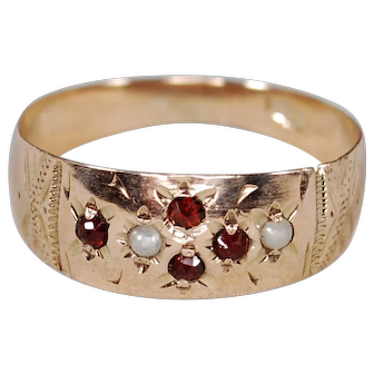 10k Victorian Bohemian Garnet Pearl Band Ring; Size 6.25