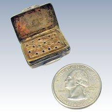 1836 small sterling silver vinagrette by Francis Clark original sponge