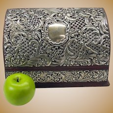 1902 Sterling silver covered Ladies table top stationary, pen & letter holder