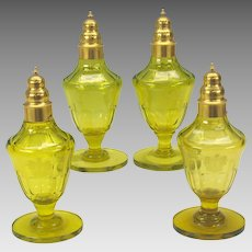 Set 4 Georgian Armorial uranium vaseline glass sugar shakers 1815 Baron of Antrobus Rockefeller Estate