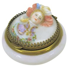 Victorian fine porcelain patch box with 3D Ladies head