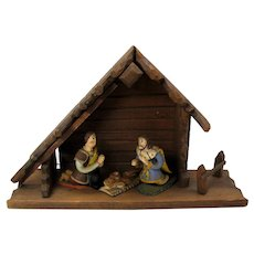 Antique Latin American creche with 3 painted terracotta figures