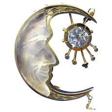 1920's large carved glass Man in the Moon pin brooch GF