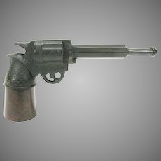 Victorian pipe in the form of a pistol hand gun