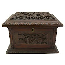 Fine carved wood 19th Century Chinese jewelry box casket