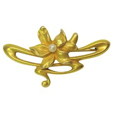 14k gold Art Nouveau whiplash flower with pearl brooch pin