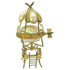 Grand Tour figural Dirigible powered hot air balloon dresser box ormolu & shell