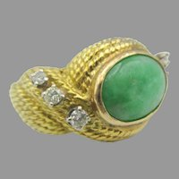 Vintage 14k gold Jade and diamond ring size 7 1/2