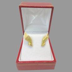 Vintage 18k gold Ladies hands wearing rings earrings