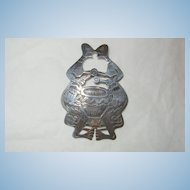 Whimsical wonderful Sterling Kissing conga players Brooch