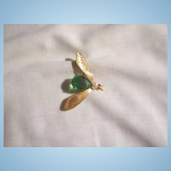 Vintage open cut emerald green color crystal belly fly Brooch Germany