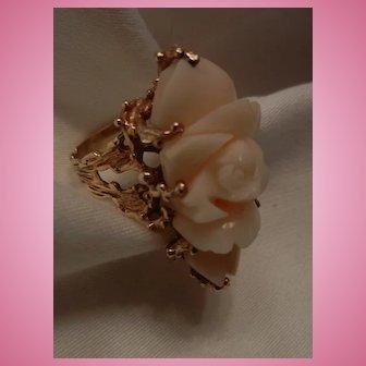 Vintage Gorgeous 14k Gold Angel Skin Coral Cocktail Ring