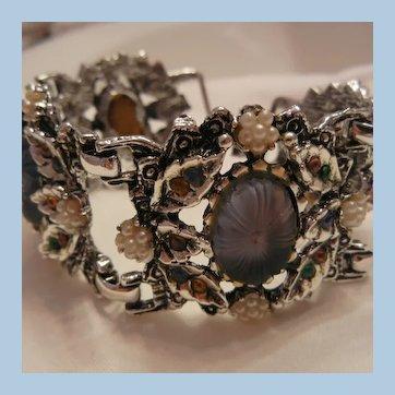 Bold purple glass carved stone Amber rhinestone link Bracelet