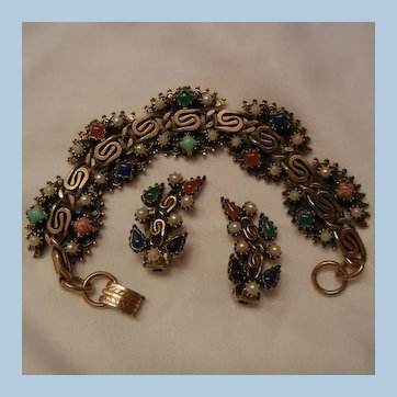 Beautiful Bold gem color cab Link Demi Bracelet Earring Set