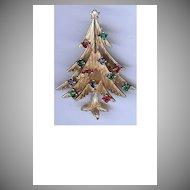 Vintage Trifari modernist style Christmas tree brooch
