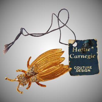 Beautiful Trembler brooch depicting a sparkly rhinestone gold plated Honey Bee – Hattie Carnegie 1960's