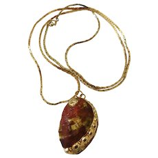 Vintage Gilded pink Genuine natural Abalone Shell pendant necklace 1970's