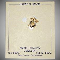 •Patriotic World War 2 US Army Quartermaster Corps lapel pin 1940's