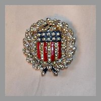 Trifari 'Alfred Philippe' WW2 US Patriotic Laurel and Oak Leaves with Stars and Stripes Shield - Pin/Clip USA 1930's