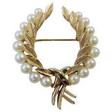 Vintage Trifari Faux Pearls Open Wreath Brooch Pin