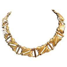 Vintage Monet Unusual Gold Tone Necklace