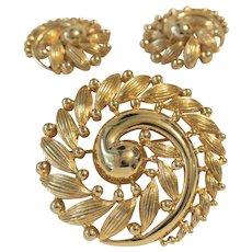 Vintage Monet Swirl Brooch And Earring Set