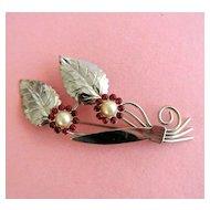 Vintage Silvertone Flowers And Leaves Brooch